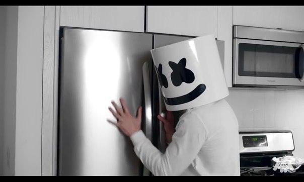 Ночь на дворе, холодильник я к тебе. . .