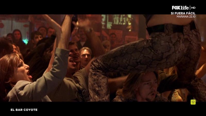 El bar Coyote (2000) Coyote Ugly sexy escene 14