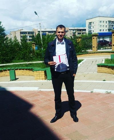 Влад Капутов