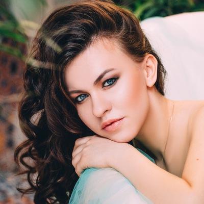 Анна Ливинская