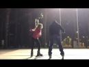 IG vicvaldes1: Probando los nuevos patines junto a mi mujer @yolandacardona1 . Soy un fiera patinando! 😂😂😂