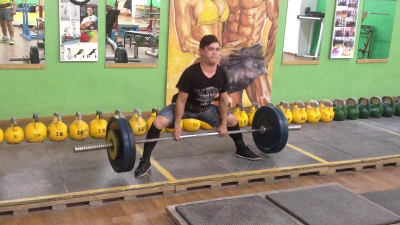 Алимгулов Линар тяга 110 кг 3 по 3. при весе 51 кг. возраст 17 лет