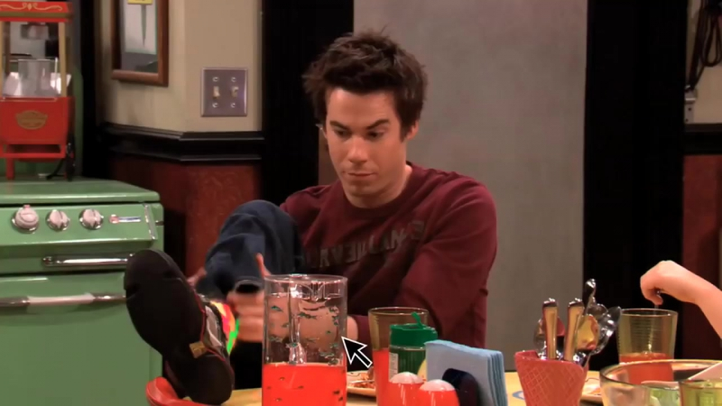 My iCarly Intro HD (Leave It All to Me)_HD.mp4