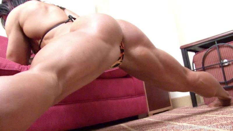 Alina_popa_muscular_flex1