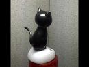 Котёнок на солнечной батарее игрушка для машины