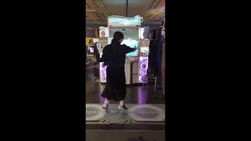 踊るカニさんo(_゚▽゚_)o httpst.co_GZgvRwVSQ3 ( MQ )