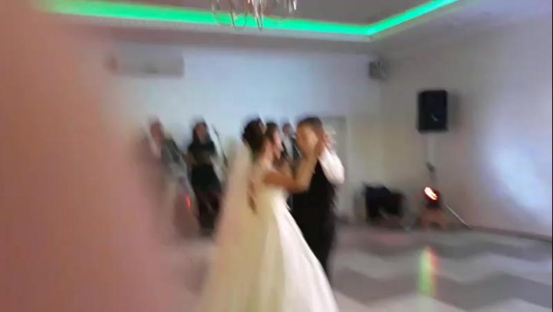 Перший весільний танець Вані та Вікторіі хореограф Богдана Бережник