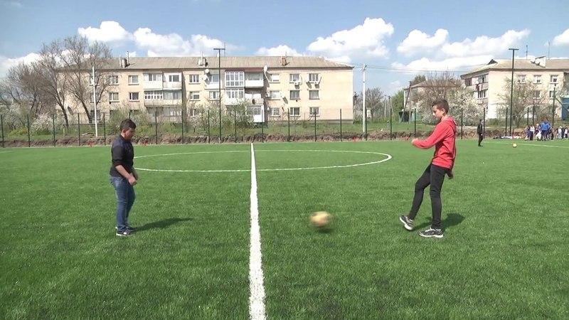 На стадіоні Солонянської опорної школи ДніпроОДА завершила реконструкцію футбольного поля