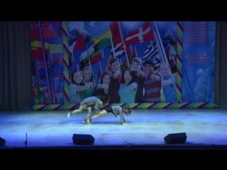 Шоу-балет «DanceMaster» Лемешко Вера и Звягинцева Екатерина - Тень