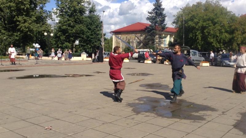 Алёша Глинков. Бой с топором, копьем.1.08.15.