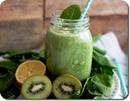 Рецепт зелёного смузи со шпинатом и киви на кедровом молоке