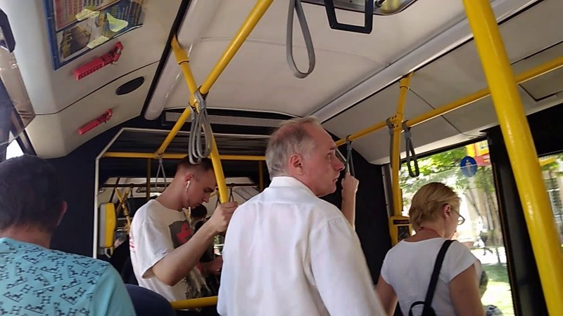 Поездка на автобусе маз-215 гос Ао 2182-7