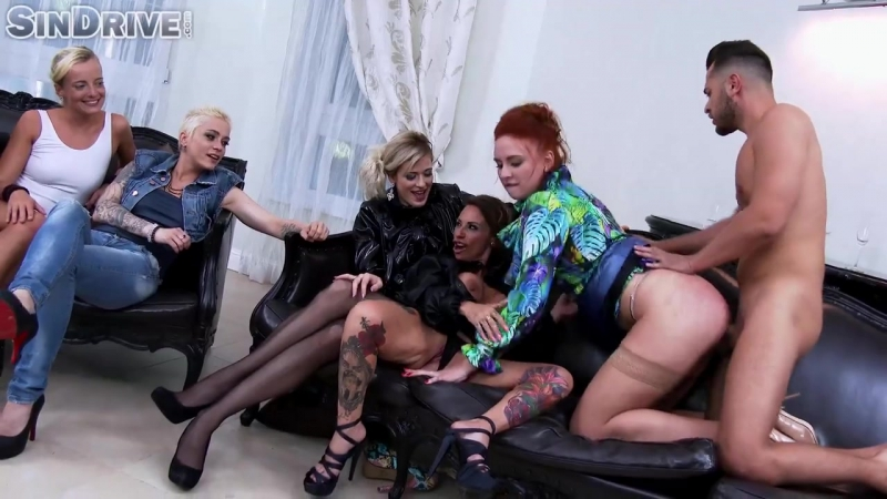 Eva Berger на девичнике трахнули во все дыры Up The Ass With Class Brave Redhead