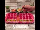 Готовит суши дома супер удобно и легко с помощью силиконовых формочек 😃