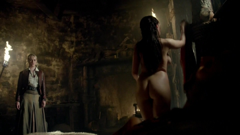 Lise Slabber, Jessica Parker Kennedy, Clara Paget Nude Black Sails s02e01 (2015) HDTV 1080p Watch