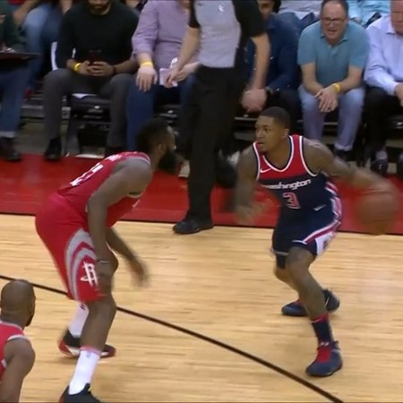 "NBA on Instagram: ""@bradbeal3 goes behind his back to the reverse!"""