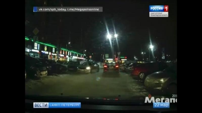 В Девяткино неадекватный водитель показал всем, как не надо выезжать с парковки