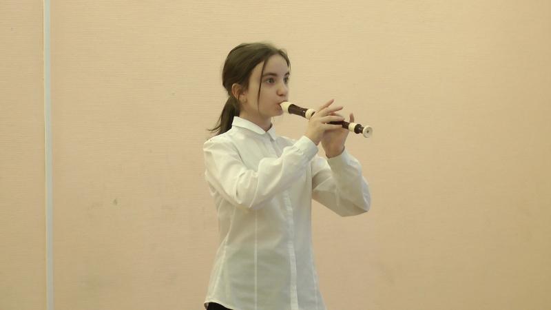 Любовь Селезнёва — Д. Кабалевский «Маленькая полька»