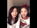 малышки говорят на английском
