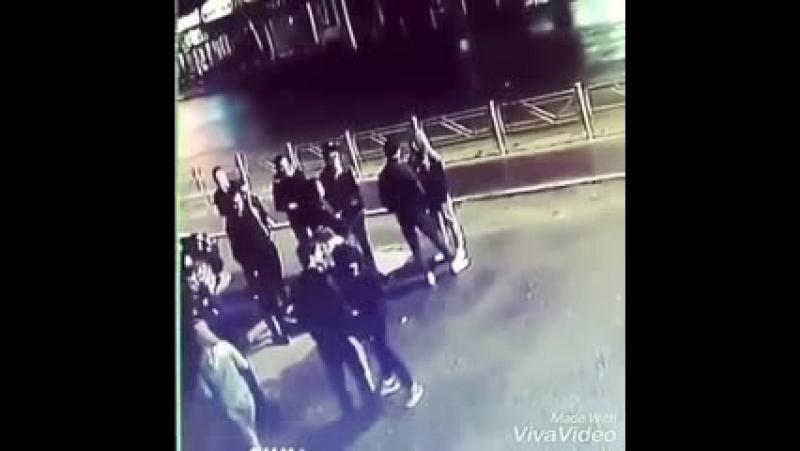 УЛИЧНИЙ ДРАКА ОДИН УДАР_low.mp4