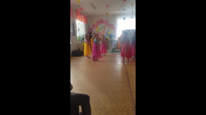 танец из спектакля