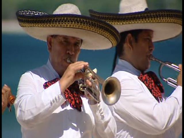 Дефиле на Каникулах в Мексике. СУПЕРИГРА