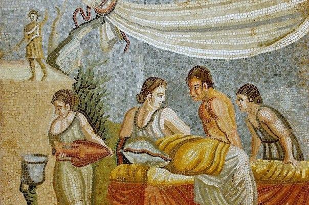 10 откровенных фактов о сексе в древнем риме 1. женщина приравнивалась к мужчине в праве получать сексуальное удовольствие.2. римлянки делили постель с любовниками или рабынями, а то и с теми и