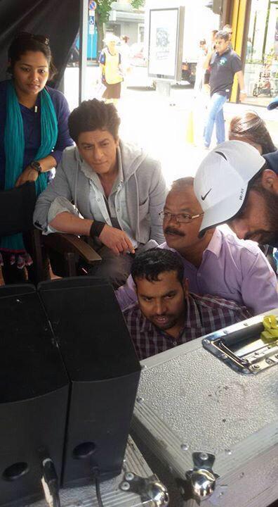 Новый фильм Рохита Шетти и Шах Рукха Кхана - Dilwale )) - Страница 2 8BBYmY7pQQ4