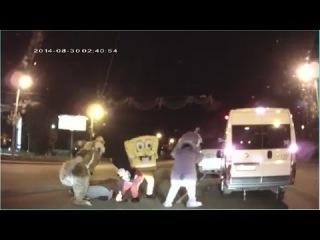 Белка, Лунтик, Микки Маус и Спанч Боб избили дерзкого водителя в Челябинске