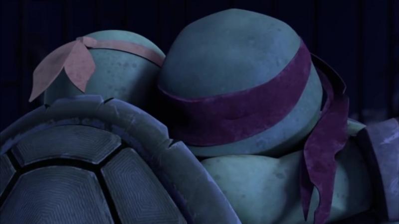 TMNT 2k12 -- Mikey Raph hug [S2EP26]