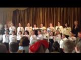 Педагогический коллектив 653-ей школы - Попурри военных песен (07.05.2015 г.)