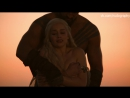 "Эмилия Кларк (Emilia Clarke) топлес в сериале ""Игра престолов"" (Game of Thrones, 2011) - Сезон 1  Серия 1 (s01e01)"
