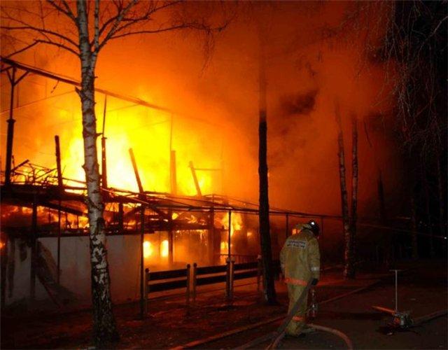 В пригороде Таганроге сгорело кафе