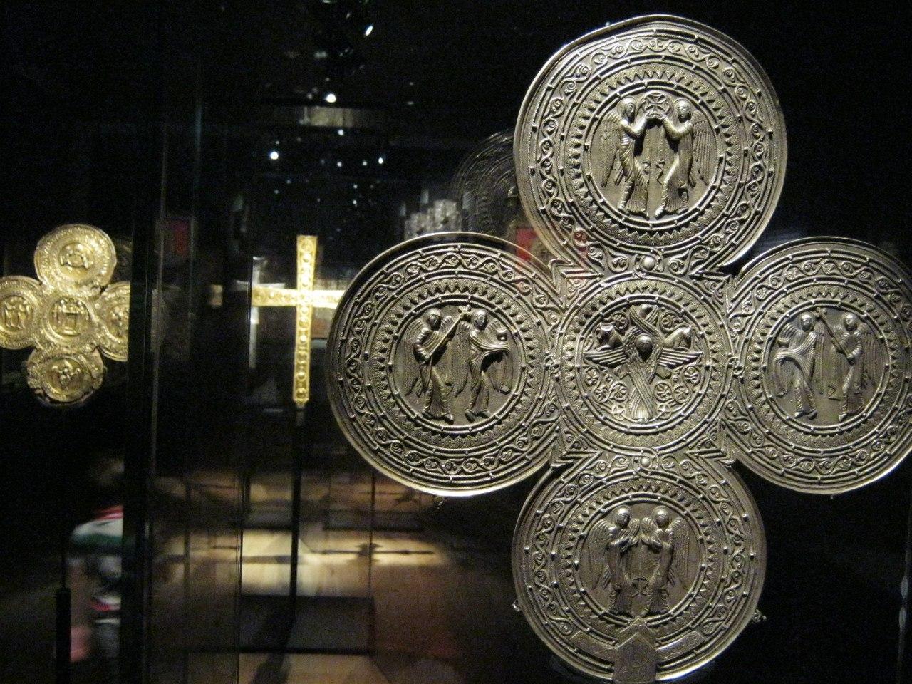 Сванетские кресты