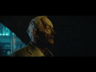 Ужаленные / Stung (2015) HDRip | Xixidok