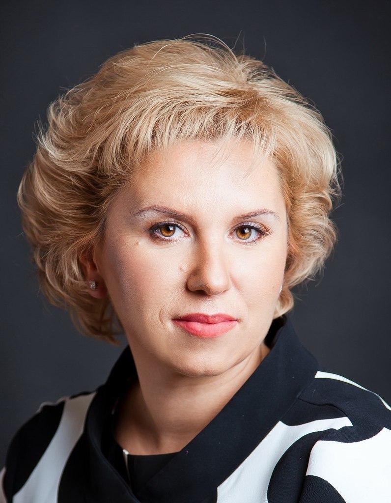 Олеся Жукова