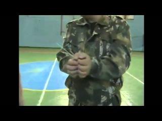 Как снять жгут-наручники, маленькая хитрость