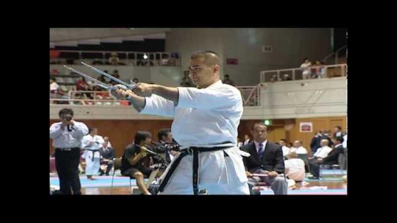 Okinawa WT 2009 Kobudo kata sai