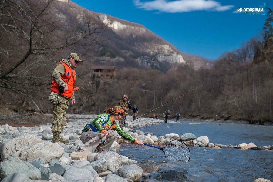 Изображение 1 : Небольшой отчетик о прошедших соревнованиях и наше новое видео о ловле форели в горной реке.