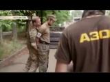 Шведский наемник учил бойцов Азова отрезать гениталии  Размер 625.27 kб Код для вставки в блог     В Сети появилось новое вид