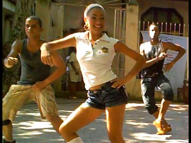 Super Fun Casino-Style Dance Routine in Havana