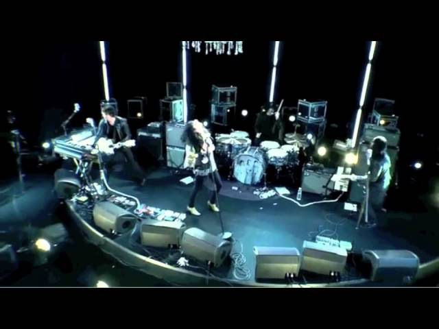 Treat Me Like Your Mother - The Dead Weather (Live @ Sesiones)