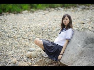 Извращенец-полицейский задержан за растление школьницы [Японские Новости]