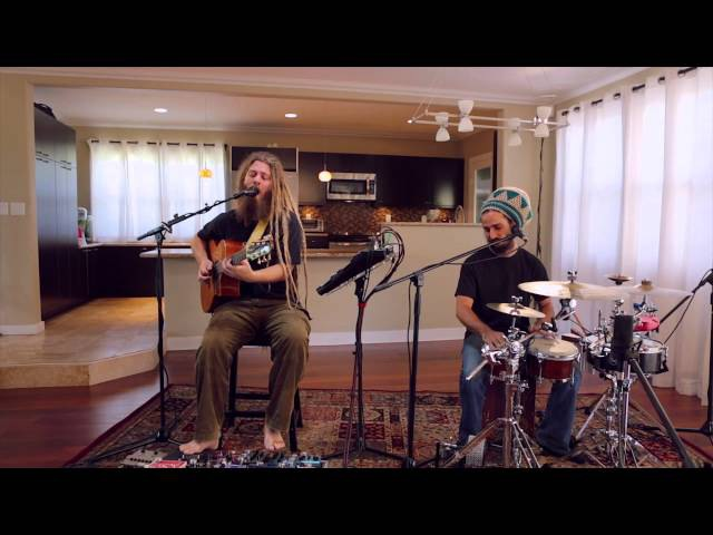 Mike Love Permanent Holiday Acoustic Live
