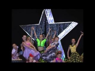 Впечатляющий подростковый танец Буги-Вуги  Impressive teen dance Boogie Woogie
