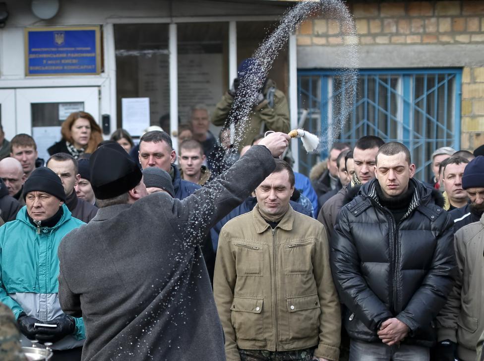 Ukrainian Armed Forces / Zbroyni Syly Ukrayiny - Page 9 VbR96VvEO6Q