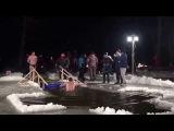 19 01 2015 Белые Столбы  Крещенские купания на Глубоком (3)