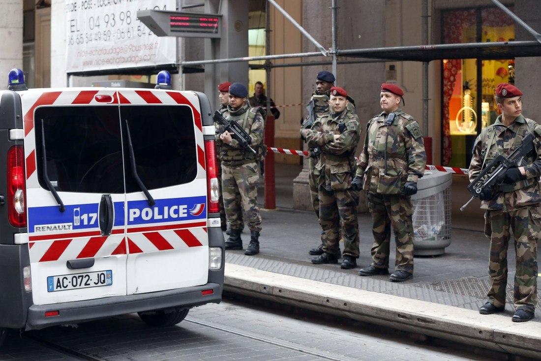 Armée Française / French Armed Forces - Page 37 IsPiMVSMTls