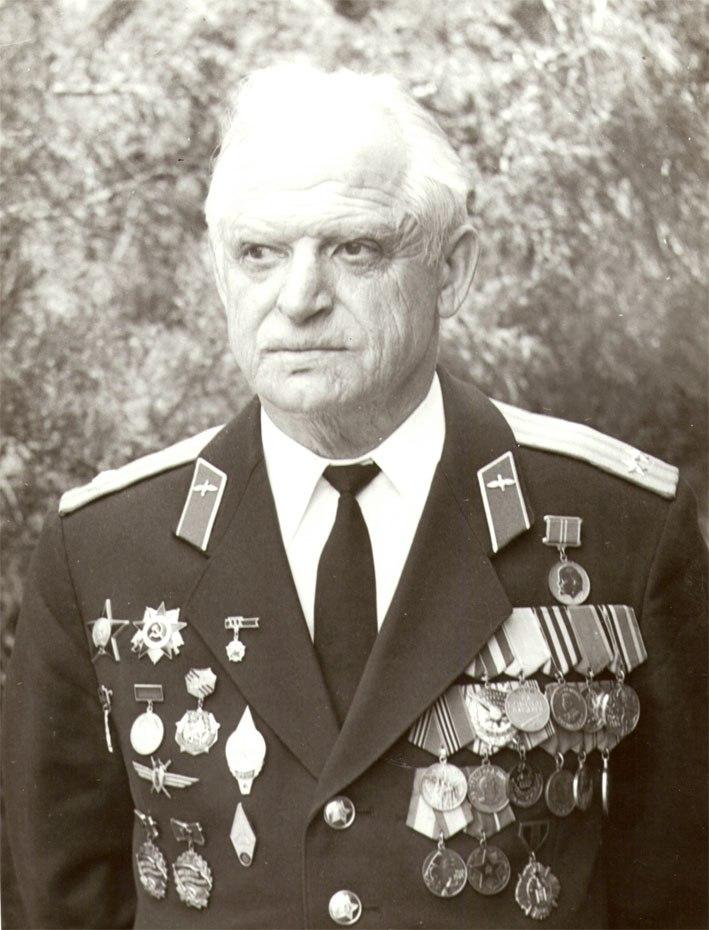 Соколовский В.П. на фото из семейного архива