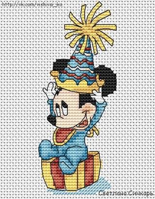 Новогодняя вышивка. Микки Маус